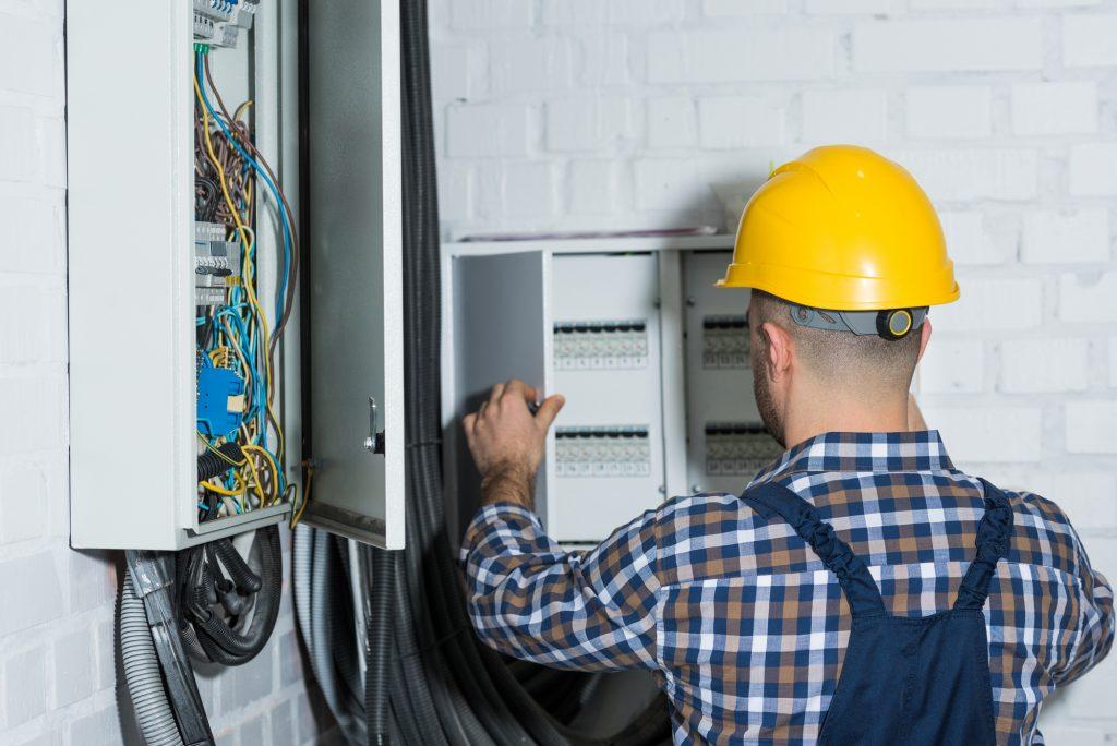 Electrician in Coral Springs FL, Sunrise FL, Boca Raton, Coconut Creek FL